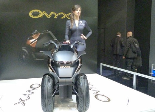 Peugeot supertrike Onyx Concept Scooter - Foto 6 di 21