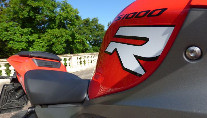 BMW S 1000 R, prova su strada:  Red Naked Redemption! - Foto 21 di 36