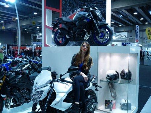 Tutte le più belle ragazze del Motor Bike Expo 2013 - Foto 10 di 16