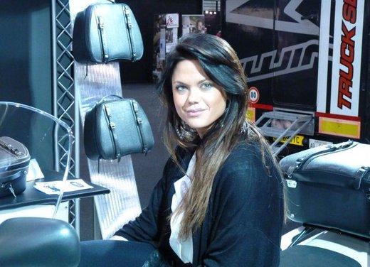 Tutte le più belle ragazze del Motor Bike Expo 2013 - Foto 13 di 16