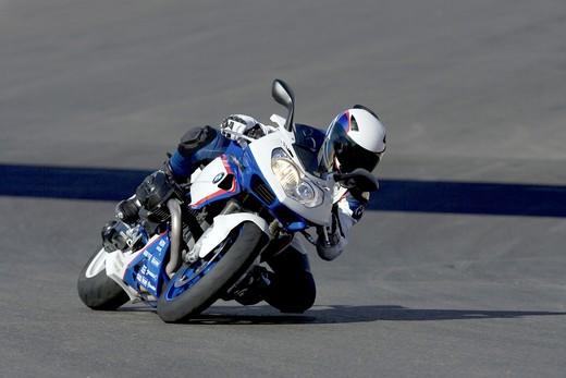 BMW HP2 Sport Motorsport - Foto 9 di 16