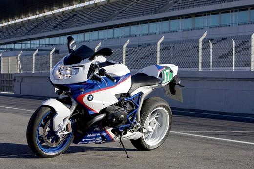 BMW HP2 Sport Motorsport - Foto 11 di 16