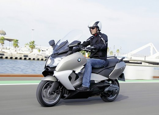 BMW C 650 GT video ufficiale del maxi scooter turistico BMW - Foto 57 di 76