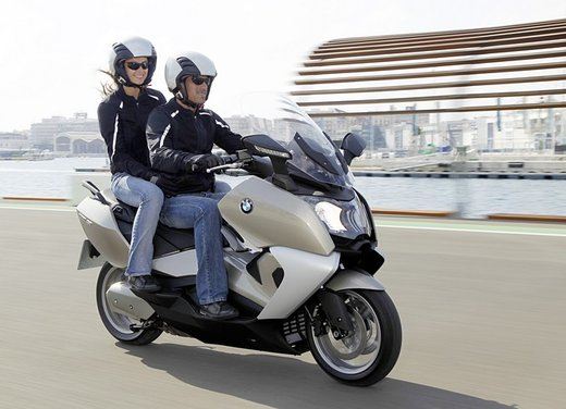 BMW C 650 GT video ufficiale del maxi scooter turistico BMW - Foto 55 di 76