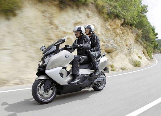 BMW C 650 GT video ufficiale del maxi scooter turistico BMW - Foto 44 di 76