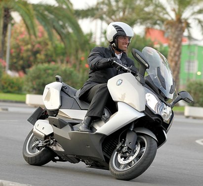 BMW C 650 GT video ufficiale del maxi scooter turistico BMW - Foto 70 di 76