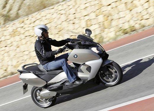 BMW C 650 GT video ufficiale del maxi scooter turistico BMW - Foto 40 di 76