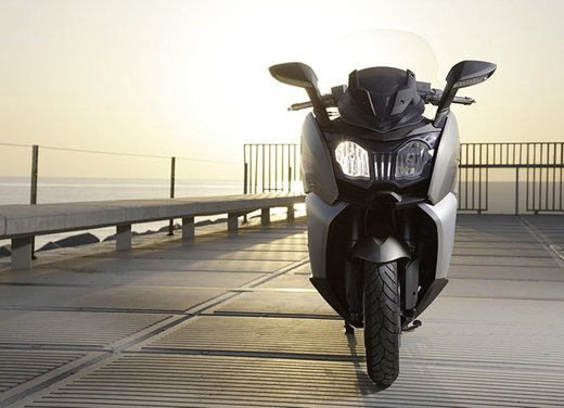 BMW C 650 GT video ufficiale del maxi scooter turistico BMW - Foto 64 di 76