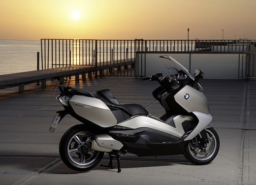 BMW C 650 GT video ufficiale del maxi scooter turistico BMW - Foto 67 di 76