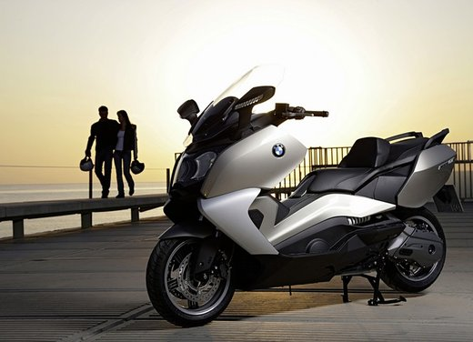BMW C 650 GT video ufficiale del maxi scooter turistico BMW - Foto 65 di 76