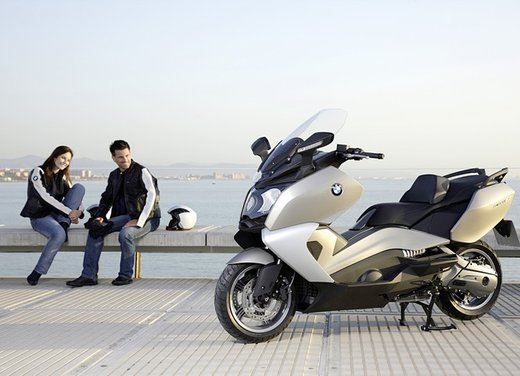 BMW C 650 GT video ufficiale del maxi scooter turistico BMW - Foto 63 di 76