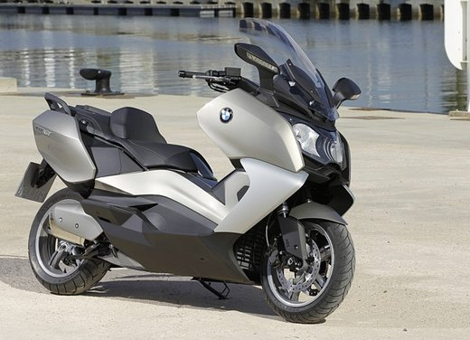 BMW C 650 GT video ufficiale del maxi scooter turistico BMW - Foto 59 di 76