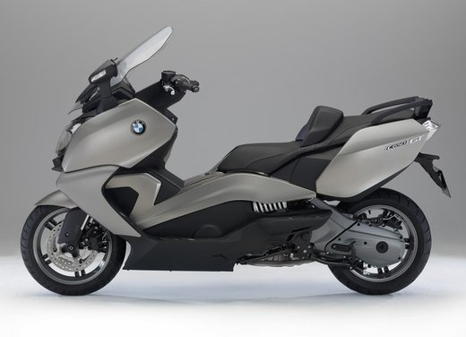 BMW C 650 GT video ufficiale del maxi scooter turistico BMW - Foto 15 di 76
