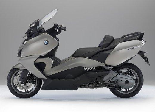 BMW C 650 GT video ufficiale del maxi scooter turistico BMW - Foto 15 di 76