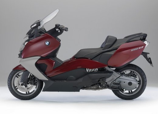 BMW C 650 GT video ufficiale del maxi scooter turistico BMW - Foto 17 di 76