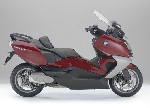 BMW C 650 GT video ufficiale del maxi scooter turistico BMW - Foto 16 di 76