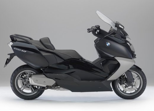 BMW C 650 GT video ufficiale del maxi scooter turistico BMW - Foto 18 di 76
