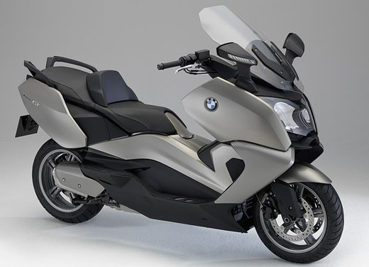 BMW C 650 GT video ufficiale del maxi scooter turistico BMW - Foto 20 di 76