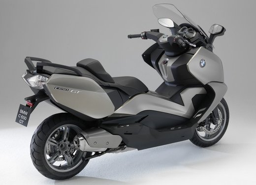 BMW C 650 GT video ufficiale del maxi scooter turistico BMW - Foto 22 di 76