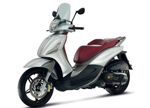 Motodays 2012: novità da Ducati, Piaggio, Aprilia, Moto Guzzi - Foto 2 di 17