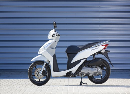Honda Vision 110: long test ride del nuovo scooter Honda - Foto 20 di 25