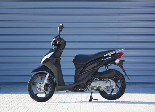 Honda Vision 110: long test ride del nuovo scooter Honda - Foto 21 di 25