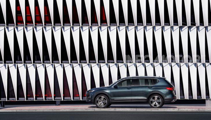 Prova su strada Seat Tarraco: il SUV sportivo è ammiraglia del marchio - Foto 41 di 49