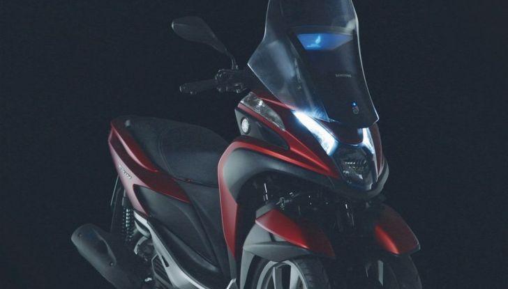 Samsung e Yamaha presentano il Tricity con Smart Windshield - Foto 4 di 27