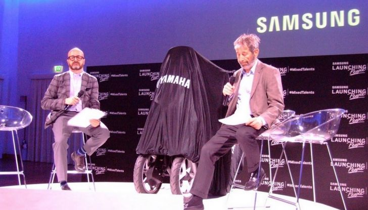 Samsung e Yamaha presentano il Tricity con Smart Windshield - Foto 24 di 27