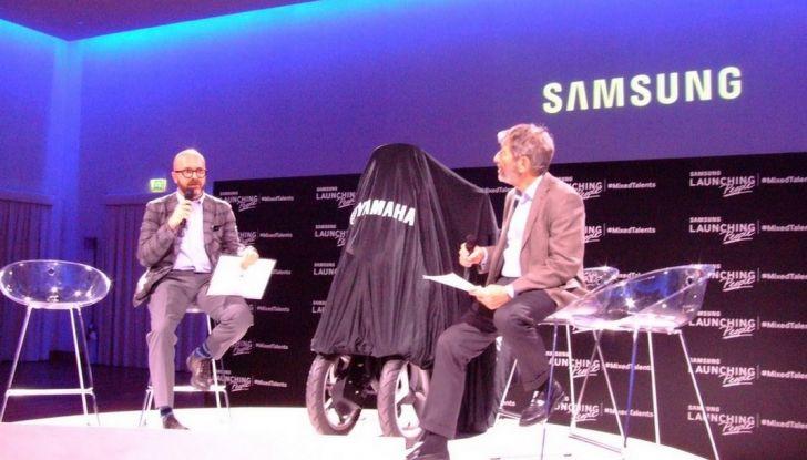 Samsung e Yamaha presentano il Tricity con Smart Windshield - Foto 25 di 27