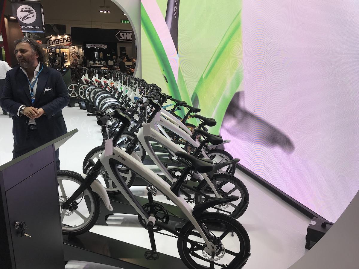 L'EICMA 2018 si elettrifica: gli scooter e le bici a zero emissioni - Foto 13 di 21