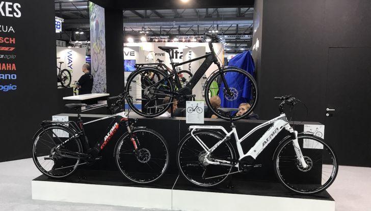 L'EICMA 2018 si elettrifica: gli scooter e le bici a zero emissioni - Foto 7 di 21