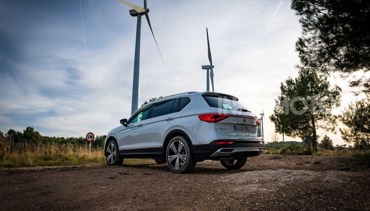 Prova su strada Seat Tarraco: il SUV sportivo è ammiraglia del marchio - Foto 14 di 49