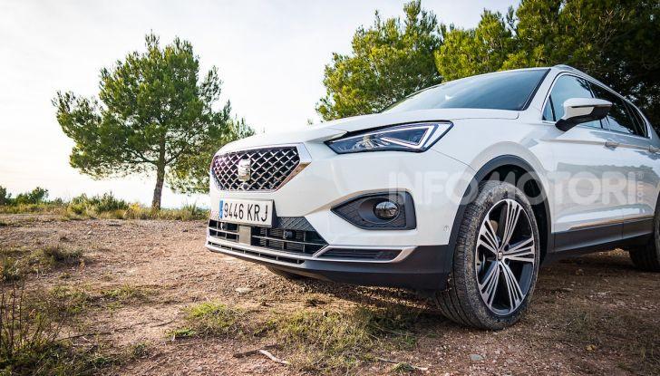 Prova su strada Seat Tarraco: il SUV sportivo è ammiraglia del marchio - Foto 17 di 49