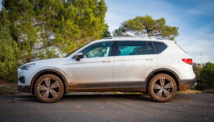 Prova su strada Seat Tarraco: il SUV sportivo è ammiraglia del marchio - Foto 25 di 49