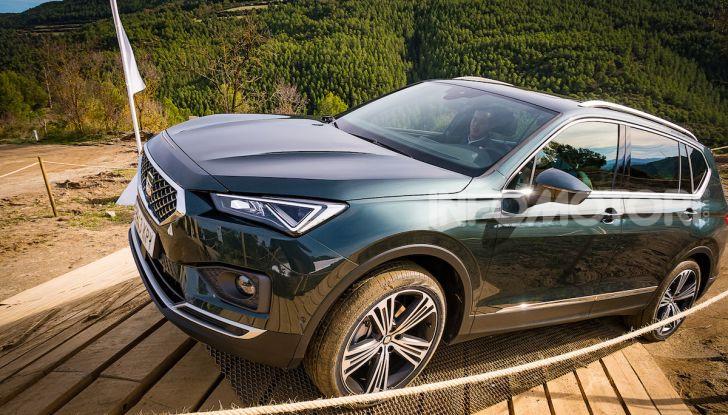 Prova su strada Seat Tarraco: il SUV sportivo è ammiraglia del marchio - Foto 4 di 49