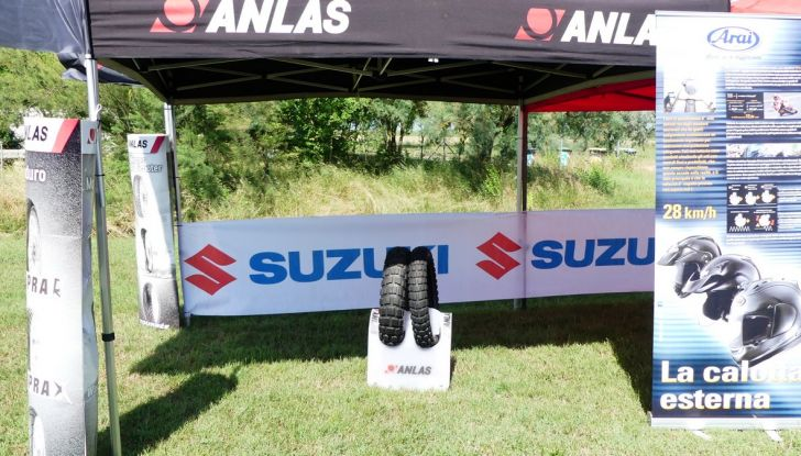 Suzuki V-Strom Academy 2018: imparare il fuoristrada con le Maxienduro - Foto 5 di 10