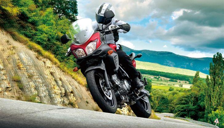 Suzuki, offerte sulla gamma V-Strom 650 ABS e XT, SV650 ABS e scooter - Foto 1 di 7