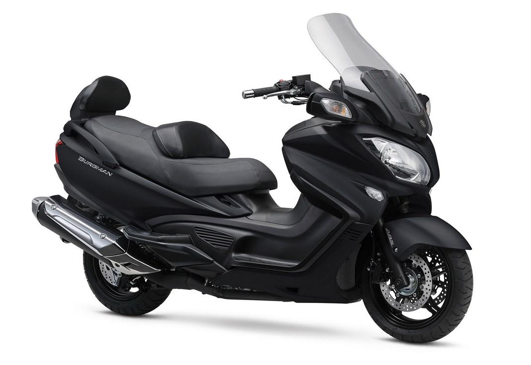 Suzuki, offerte sulla gamma V-Strom 650 ABS e XT, SV650 ABS e scooter - Foto 6 di 7