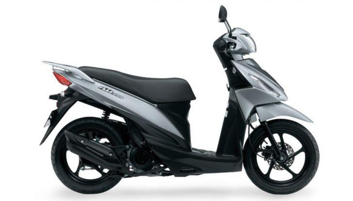 Suzuki, offerte sulla gamma V-Strom 650 ABS e XT, SV650 ABS e scooter - Foto 7 di 7