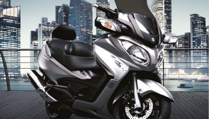 Suzuki, offerte sulla gamma V-Strom 650 ABS e XT, SV650 ABS e scooter - Foto 5 di 7