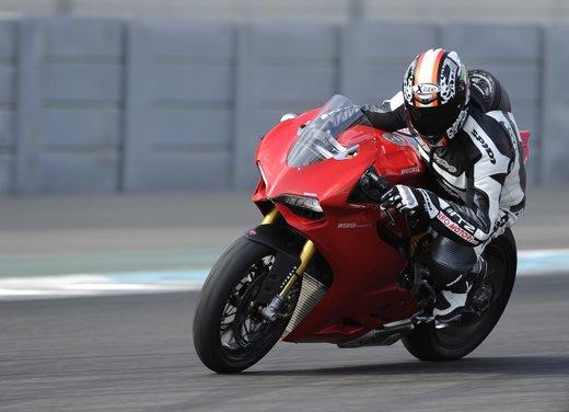 Ducati 1199 Panigale: il video del test ride a Yas Marina
