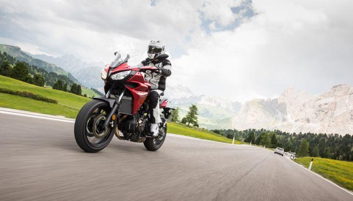 Prova su strada Yamaha Tracer 700: la Sport Tourer unica e affidabile - Foto 19 di 23