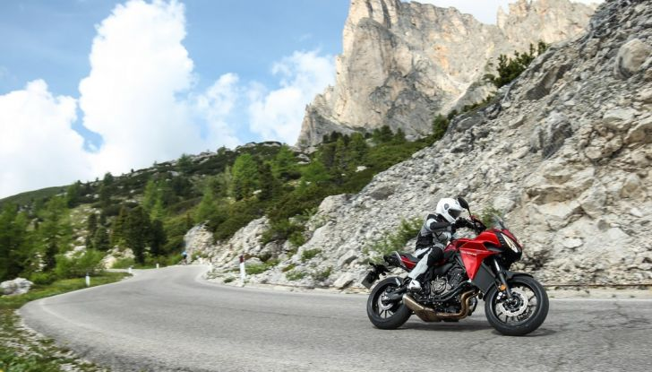 Prova su strada Yamaha Tracer 700: la Sport Tourer unica e affidabile - Foto 12 di 23