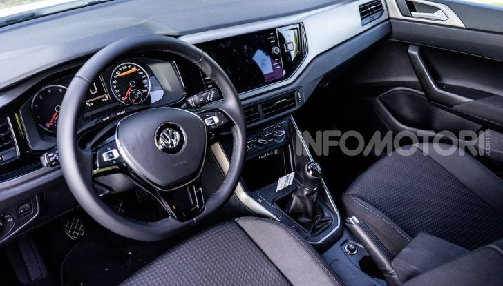 Volkswagen Polo TGI prova su strada, prezzi e consumi - Foto 10 di 18