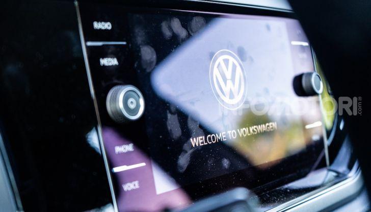 Volkswagen Polo TGI prova su strada, prezzi e consumi - Foto 13 di 18