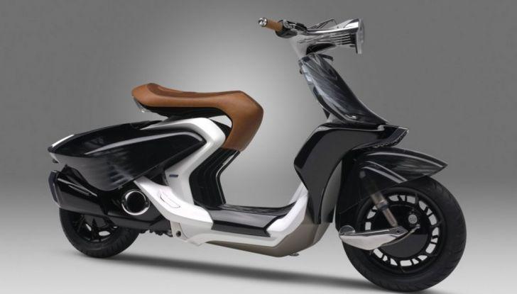 Yamaha 04GEN: al Vietnam Motorcycle Show il concept del nuovo scooter - Foto 2 di 3