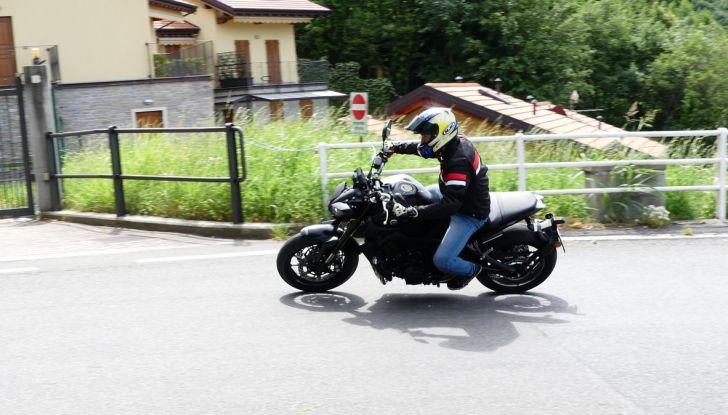Yamaha MT-09: prova della naked 3 cilindri made in Japan - Foto 2 di 25