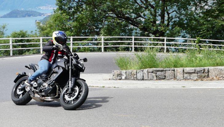 Yamaha MT-09: prova della naked 3 cilindri made in Japan - Foto 12 di 25