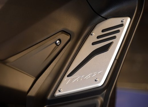 Yamaha TMax 530 versione Giacomo Agostini - Foto 37 di 39